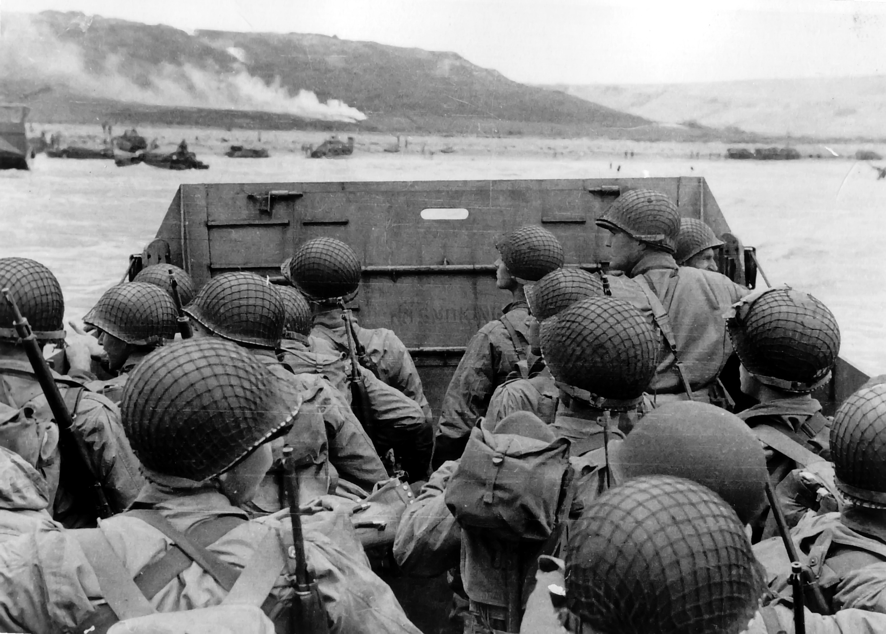 American troops approaching Omaha Beach
